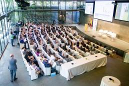 Fundación Vet+i debate sobre zoonosis, enfermedades emergentes y resistencias a antibióticos